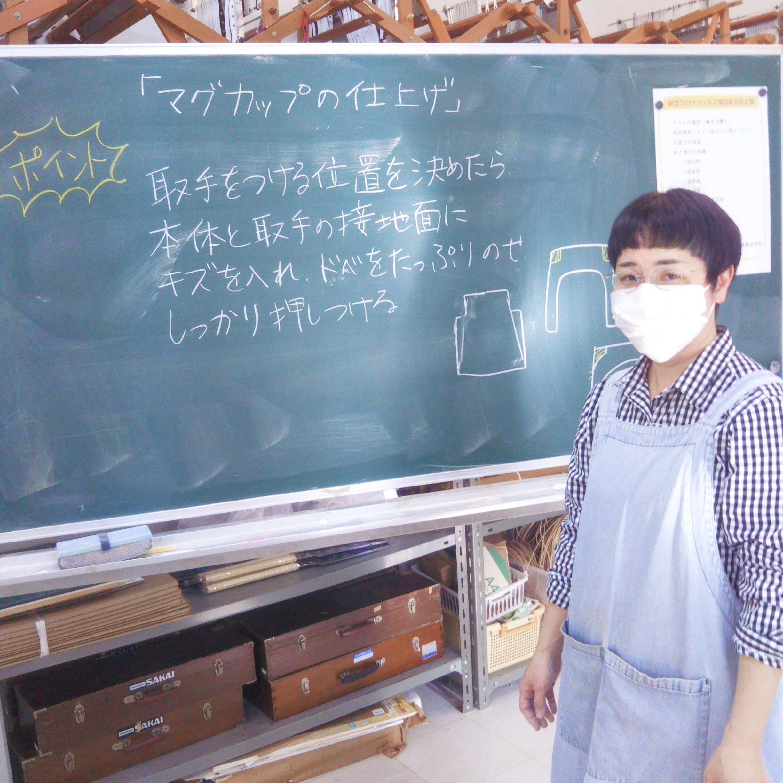<作業療法学科 陶芸の講義>